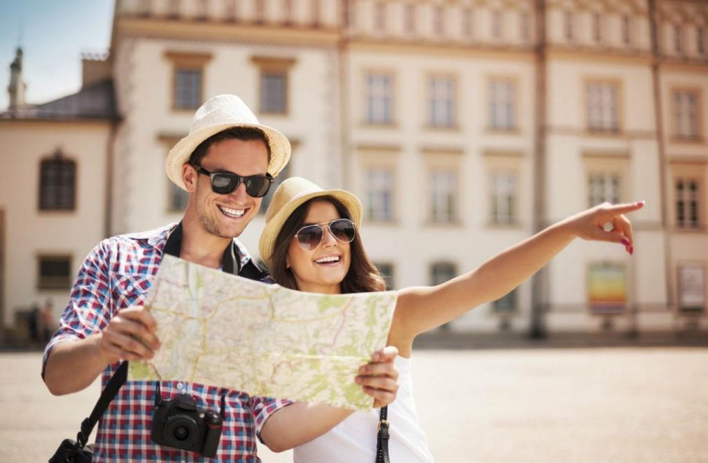 pareja-viajando-con-the-wonder-trip