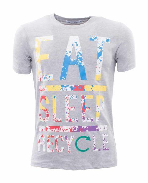 camiseta con estampado letras