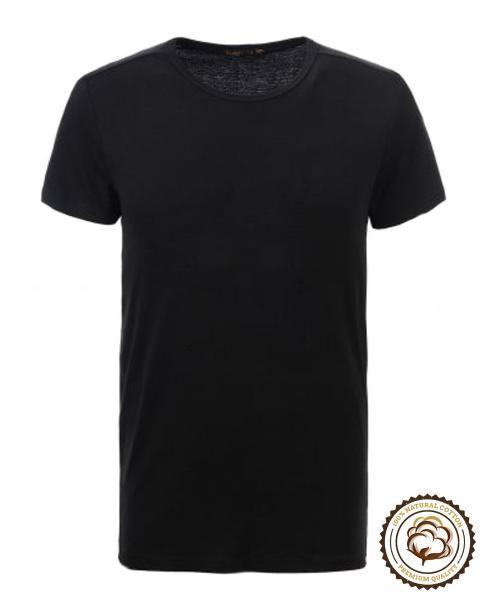 camiseta negra de manga corta