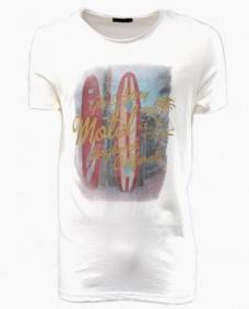 camiseta basica con estampado surf