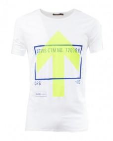 camiseta de manga corta con estampado flecha