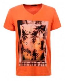 camiseta naranja estampada de manga corta